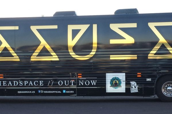 designerwraps_issues_bus-wrap_02w