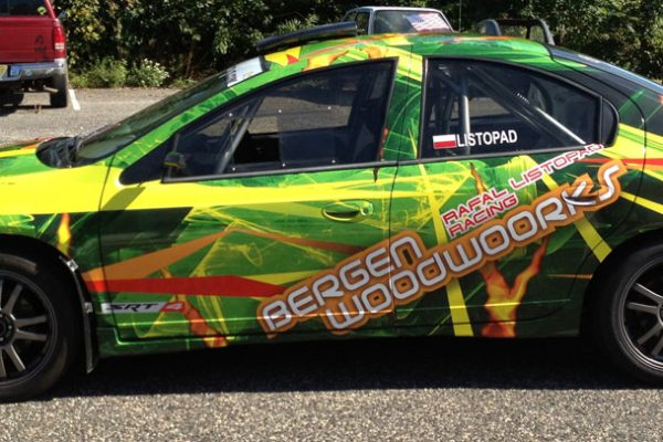DesignerWraps-Neon-racecar_IMG_6717